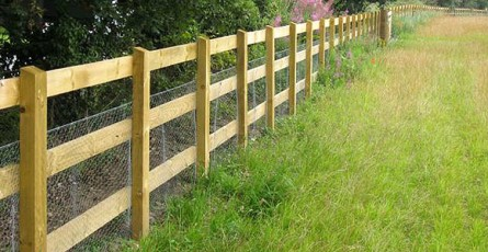 Dorchester fence row installed in Devon